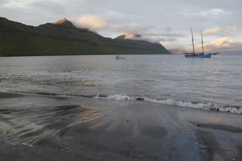 Faröer Inseln, Strand, Segelschiff, Meer